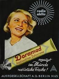 Wikimedia Commons nuotr./Dantų pastos su radžiu reklama