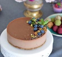 Veganiškas šokoladinis tortas