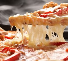 Varškės pica su kalakutiena