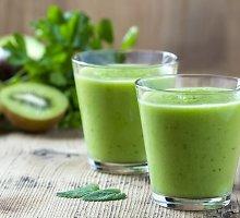 Žaliasis pavasario kokteilis