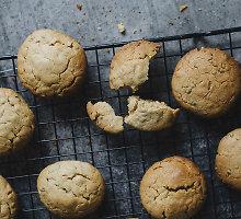 Greitai pagaminami sausainiai su kanapėmis