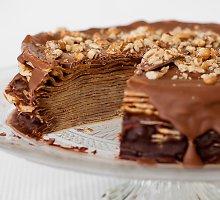 Blynų tortas su šokoladu