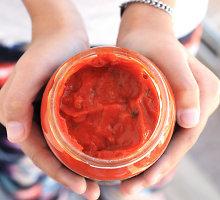 Naminis šviežių pomidorų padažas