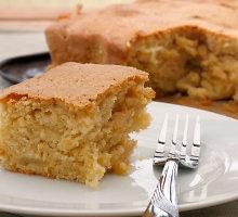 Mažai kalorijų turintis klasikinis obuolių pyragas