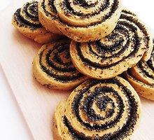 Veganiški traškūs sausainiai su aguonomis
