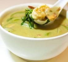 Jūros gėrybių sriuba su kokosų pienu