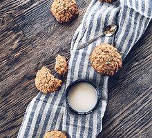 Avižiniai sausainiai su imbiero cukatomis