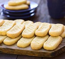 Nesaldūs pikantiški sausainiai su pelėsiniu sūriu