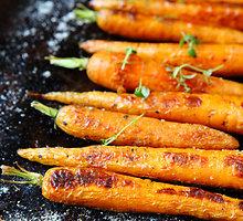 Su imbieru keptos morkytės