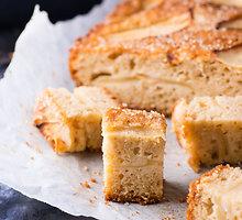Cinamonu kvepiantis obuolių pyragas