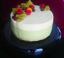 Liucinos Rimgailės gaivus tortas su matcha arbata