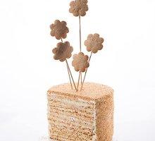 Kvapnus ir minkštas medaus tortas