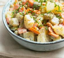 Olivjė salotos, arba įmantresnė bulvių mišrainė
