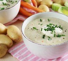 Pertrinta bulvių ir porų sriuba