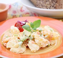 Gaiviosios bulvių salotos