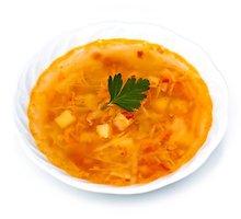 Raugintų kopūstų sriuba su moliūgų sėklomis