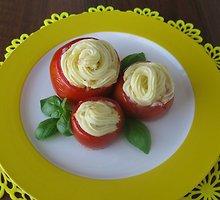 Grybais įdaryti kepti pomidorai
