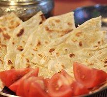 """Indiška sluoksniuota duona – """"paratha"""""""