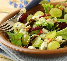 Pikantiškos vynuogių salotos