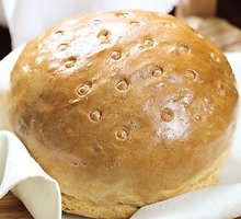 Senovinė  kvietinė  duona