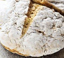 Airiška šviesi  duona  su soda