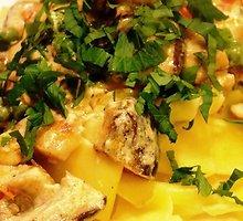 Makaronai su vištiena ir valgomaisiais danteniais (shiitake grybais)