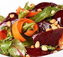 Aštriosios burokėlių salotos