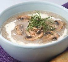 Pievagrybių sriuba su miežinėmis kruopomis