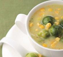 Tiršta briuselinių kopūstų sriuba