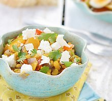 Keptos salotos su kukurūzais ir fetos sūriu