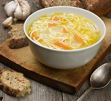 Kokosinė vermišelių ir vištienos sriuba