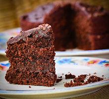 Šokoladinis burokėlių pyragas su grikiais
