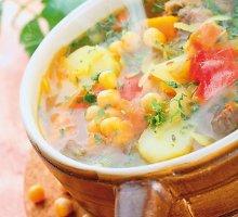 Tiršta avinžirnių sriuba