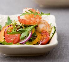 Salotos su aštriomis krevetėmis