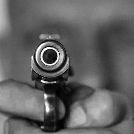 Alfredo Pliadžio nuotr./Pistoletas