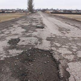 D.Pancerovo nuotr./Regioninės reikšmės kelias Donbase