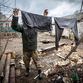 Vidmanto Balkūno/15min.lt nuotr./Ukrainos karių buitis priešakinėse pozicijose