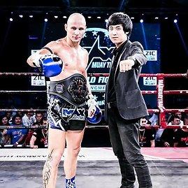 """""""Max Muay Thai"""" organizatorių nuotr./Kovotojas Sigitas Gaižauskas Tailande"""