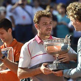 """AFP/""""Scanpix"""" nuotr./Novakas Džokovičius ir Stanas Wawrinka"""