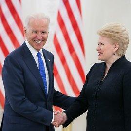 BFL/Vyginto Skaraičio nuotr./JAV viceprezidentas Joe Bidenas ir Lietuvos prezidentė Dalia Grybauskaitė