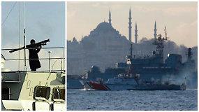 Rusijos jūreiviams pamojavus ginklais prie Stambulo, pokalbiui iškviestas ambasadorius