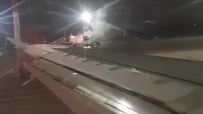 Vilniaus oro uoste keleivius suneramino neįprastas vaizdas – paaiškėjo, kad panikuoti nebuvo ko