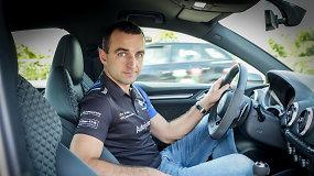 Lenktynininkas V.Švedas: kokių klaidų nedaryti lenkiant, pasirenkant atstumą ir kaip saugiai važiuoti posūkiuose
