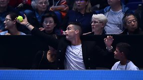 C.Ronaldo su mergina ir sūnumi stebėjo tenisą bei gaudė N.Džokovičiaus kamuoliukus