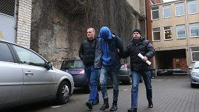 Į teismą atvesdintas keturmečio nužudymu įtariamas kėdainiškis Gediminas Kontenis