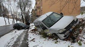 Neatidi vairuotoja Vilniaus centre sukėlė avariją