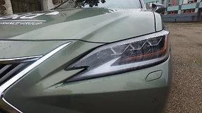 """Renkame """"Tautos automobilį"""": prabangus sedanas """"Lexus ES"""""""