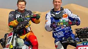 Arūnas Gelažninkas ir Modestas Siliūnas ruošiasi startui International Dubai Baja