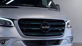 """Pamatykite pirmąjį lietuvišką serijinį elektrinį autobusą """"Altas EV"""""""