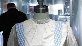 """Filmo """"Ozo šalies burtininkas"""" pagrindinės veikėjos suknelė parduota Niujorko aukcione už 1,5 mln. dolerių"""